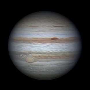 Amatorska fotografia Jowisza ukazująca Wielką Czerwoną Plamę
