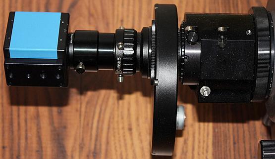 Kompletny zestaw do fotografii planet – kamera, soczewka Barlowa i koło filtrowe, które dalej łączy się z wyciągiem poprzez 2 calowy nos.