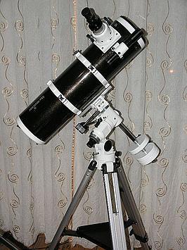 Teleskop Newtona 150/750 na montażu EQ3-2 jest pierwszym teleskopem dla wielu osób.