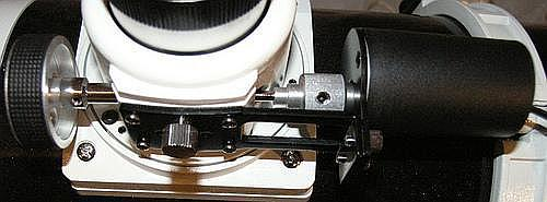 Motofocuser SkyWatchera zamontowany do wyciągu pozwala płynnie ostrzyć obraz bez wprowadzania drgań