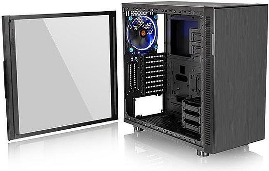 Thermaltake Sppressor F31 shows the plethora of space inside the case