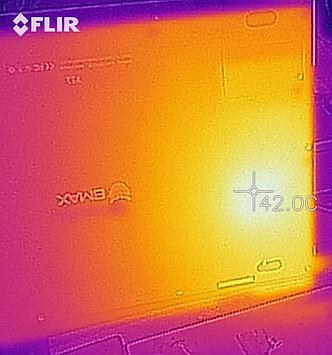 Thermal image - bottom of the laptop during stress test