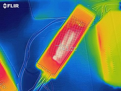 Thermal image of the top of the case