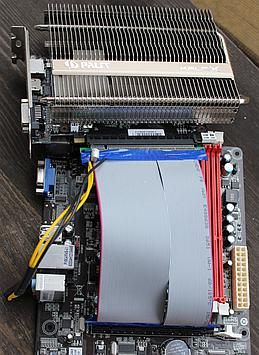 GPU connected via riser, hovering mid air