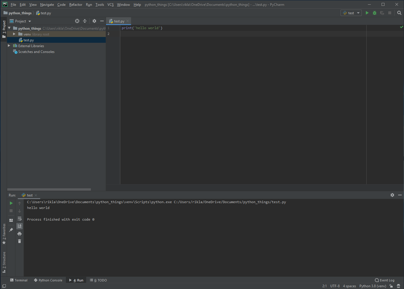 Edytor pozwala szybko wykonywać kod, co przydaje sięw trakcie nauki